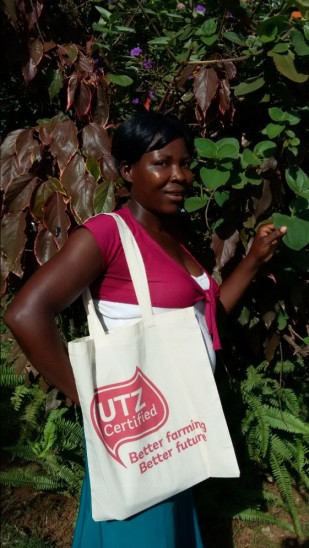 """I am a 35 years old mother with 7 kids. I am a lead farmer and through UTZ training I now have more knowledge about good farming practices and waste management. I want to thank UTZ for these training opportunities and all I can say is please come again and teach us more."""